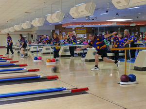Players on the lanes, day 3